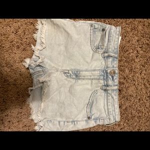 High waisted light wash American Eagle shorts